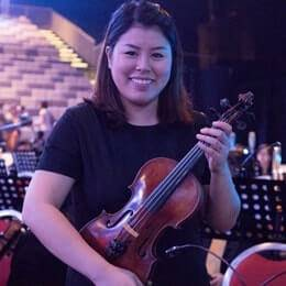 Violin Teacher Janice Singapore