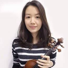 Violin Teacher Megan