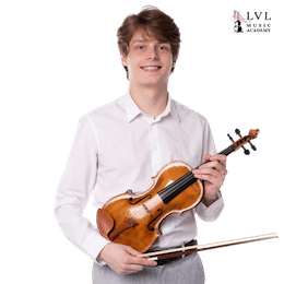 Violin-Teacher-Georgi