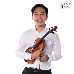 Violin-teacher-Ethan